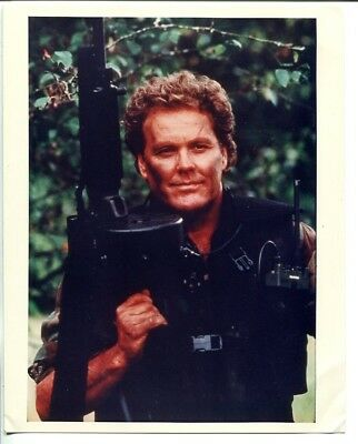 WINGS HAUSER-8 X 10 STILL-LARGE AUTOMATIC WEAPON-vg
