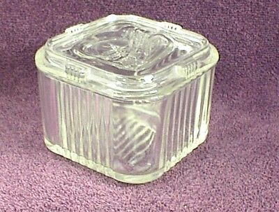 Vintage Refrigerator Dish Ribbed Vegetable Lid 2 Cups Square Food Container