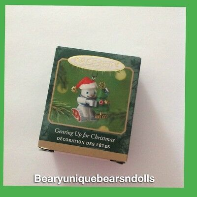 Hallmark Gearing Up for Christmas  2001 Miniature New