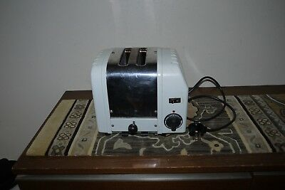 DUALIT 2 Slice Toaster model A2 made in England Chrome & White