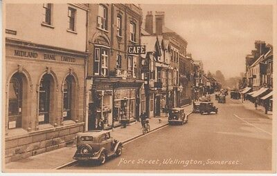 UK - Fore Street, Wellington, Somerset (Post Card) 1920's