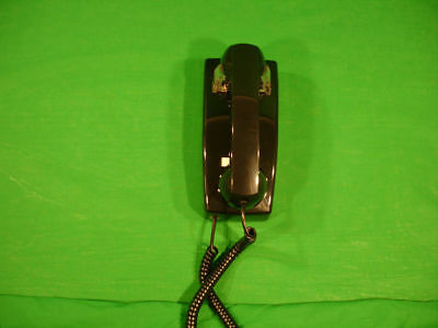 2554 Style No Dial Black Wall Phone Hotel Lobby Telephone