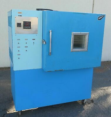 BMA Temperature Environmental Chamber Oven Model TM-8C B-M-A Temp -60 To +170C