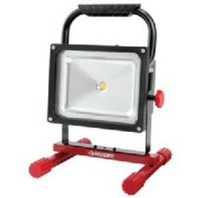 Husky 5 ft. 750 / 1500 Lumens Rechargeable LED Work Light 1001490445 K40051