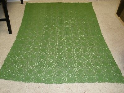 "Vintage Hand Made Crochet Bed Coverlet, Throw, Green, 77""x 55.5"""
