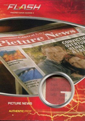 The Flash Season 2 Prop Relic Card M30 Picture News