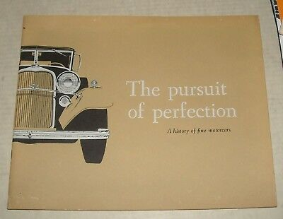 1970's LINCOLN CONTINENTAL HISTORY ADVERTISING AUTO SALES DEALERSHIP BROCHURE