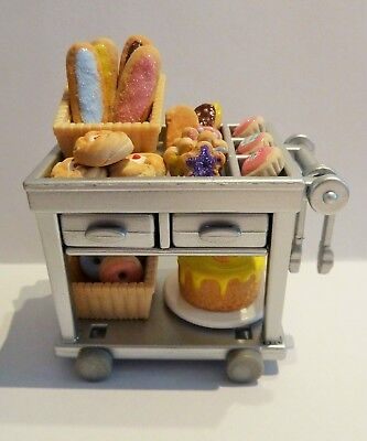 Sylvanian Families Spares * Silver Serving Trolley + Cakes * Combined P+P New