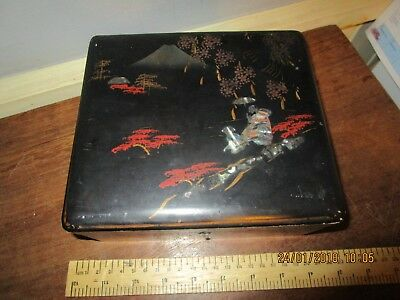 Antique / Vintage Japanese Lacquer Jewellery box with Mt.Fuji scene