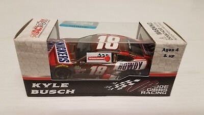 Kyle Busch 2017 Lionel Collectibles #18 Snickers Rowdy Toyota Camry 1/64 FREE