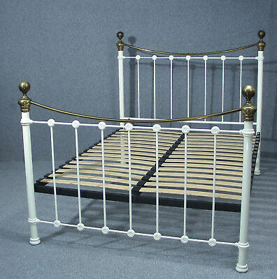 Beautiful Victorian Style King Size Bed