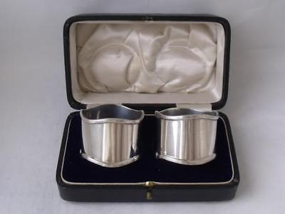 Boxed Matching Pair of Smart Solid Silver Napkin Rings 1912 & 1914/ H 3.5 cm