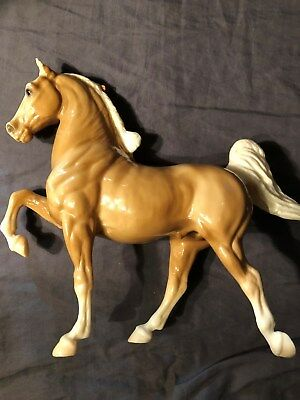 Vintage Breyer large glossy tan and white horse