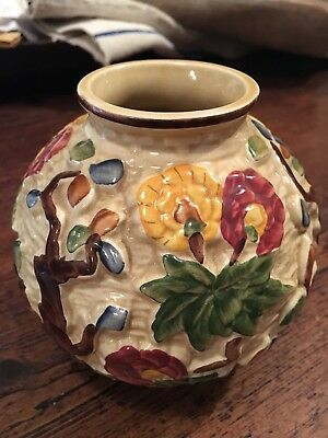 Indian Tree Hand Painted Ball Vase Pot H.J. Wood Staffordshire, England 1930s