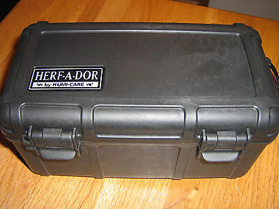 HERF-A-DOR 10 cigar travel humidor with humidifier by HUMI-CARE black no reserve