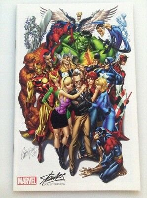 Avengers#1•stan Lee Group Shot Color Variant By Campbell