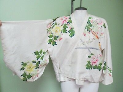 Vintage Oriental Silk Jacket W/ Beautiful Bird And Flower Design