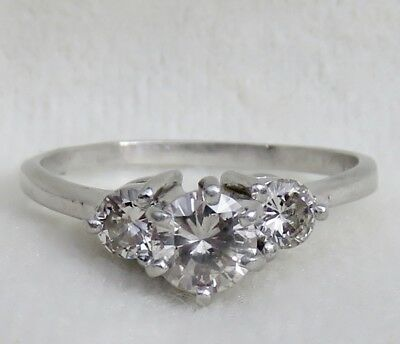 VINTAGE 1940's ART DECO PLATINUM .96 CT. DIAMOND 3 STONE ENGAGEMENT RING