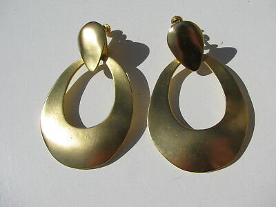 Vtg. Brush Yellow Gold Tone Curvy Articulated Dangle Hoops Clip Screw Earrings