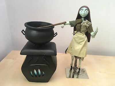 Jun Disney Nightmare Before Christmas Sally Cauldron Figure Rare