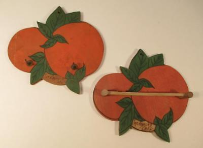 Vintage Los Angeles California Souvenir Key Rack Towel Holder Oranges Wood 1930s
