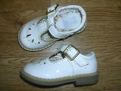 F&F White Patent First Shoes Sandals UK 4 Toddler Eur 20