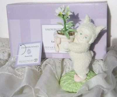 "Easter Lily 2006 Department 56 Snowbunnies 26206 5"" Tall Collectible White Bunny"