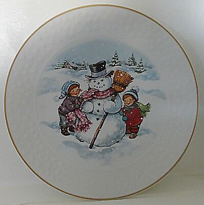 Avon A Childs Christmas Porcelain Snowman Collector Plate