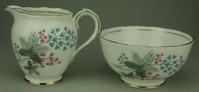 Pair of Roslyn Fine Bone China Sugar Bowl & Milk Jug Made in England TB8