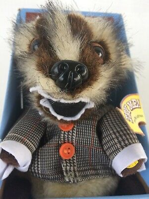 """""""Wiggle Room"""" Grady the Badger Johnson Automotive Commercial Talking Plush Doll"""