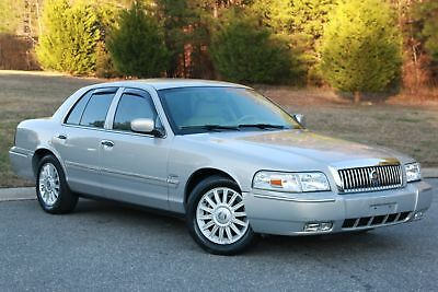 Mercury Grand Marquis LS ULTIMATE 2010 MERCURY GRAND MARQUIS ULTIMATE,SILVER/GREY LEATHER,ALL PWR,32K MI LIKE NEW