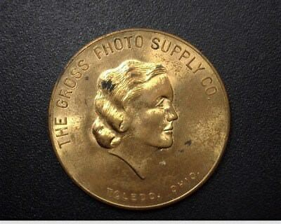 THE GROSS PHOTO SUPPLY CO. GOOD LUCK TOKEN - TOLEDO, OHIO   11.5grams   32.7mm