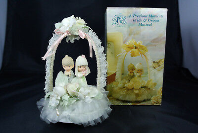 Precious Moments Wedding Cake Top - There is Love #434418   Musical  - Vintage