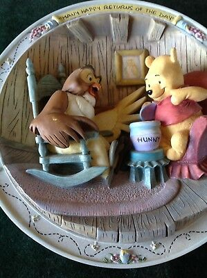 3D Plate Bradford Exchange Disney Winnie the Pooh Many Happy Returns Of The Day