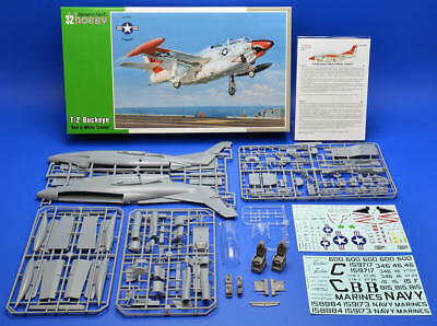 "SPECIAL HOBBY 32037 T-2 Buckeye ""Red & White Trainer"" in 1:32"
