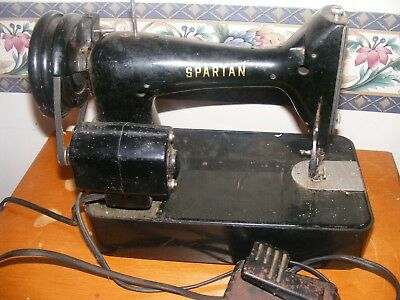 VINTAGE SINGER SPARTAN Sewing Machine 40K Great Britain 4040 Cool 1960 Singer Spartan Sewing Machine Model 192k