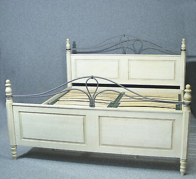 Beautiful vintage Ducal Pine Winchester Forge Super King Bed