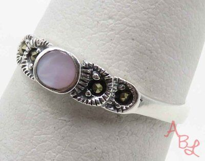 Sterling Silver Vintage 925 Cocktail Pink Pearl Ring Sz 7 (1.6g) - 715942
