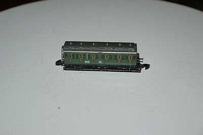 MARKLIN mini club # 8704 Z Scale Model Train Small Passenger Car Coach BOXED