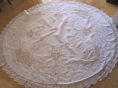 """Vintage Antique 68"""" Round White Linen Italian Figural Mixed Lace Tablecloth"""