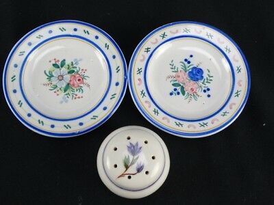 Italian Deruta Porcelain Pin Dishs and a hand painted Salt Shaker Italy