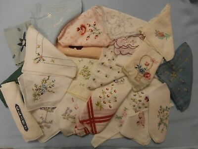 Lot Of 25 Vintage Antique Women's  Embroidered Hankies Hanky Flowers Edges Clara