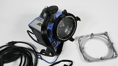 Arri T1 FRESNEL 1K WITH ACCESSORIES