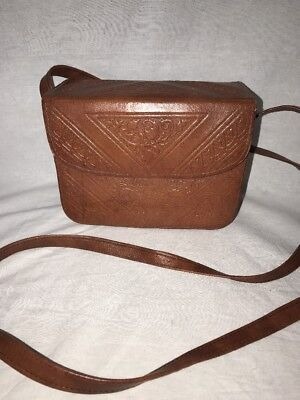 VINTAGE 60'S MOROCCAN MAGIC Hand TOOLED LEATHER Structured Box Purse Handbag