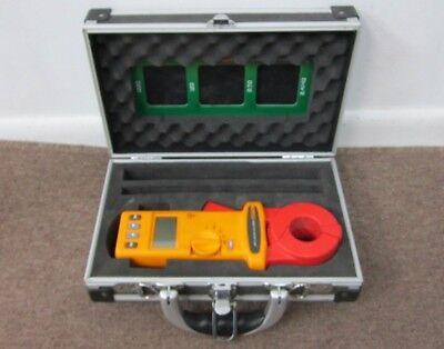 Fluke 1630 Earth Ground Clamp Standard Loop Resistance For Clamp-On Ground Test