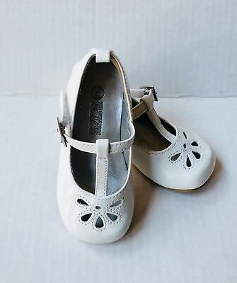 DRESS SHOES Sz 5 TODDLER WHITE PATENT LEATHER MARYJANES WORN 1X EXCELLENT EASTER