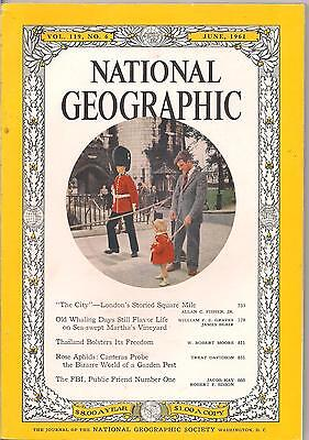national geographic-JUNE 1961-CITY OF LONDON.