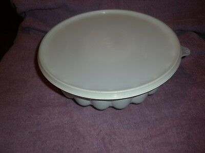 Tupperware Vintage Jelly/mousse/sandwich Etc With Lid Speckled Colour