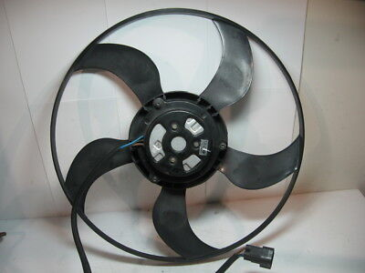 00-06 BMW E53 X5 4.4L 3.0L Radiator Engine Cooling Fan Motor and Blade 6921323