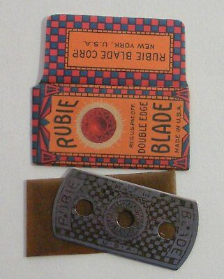 Vintage Made in USA Razor Blade RUBIE (Old 3-Hole Style)